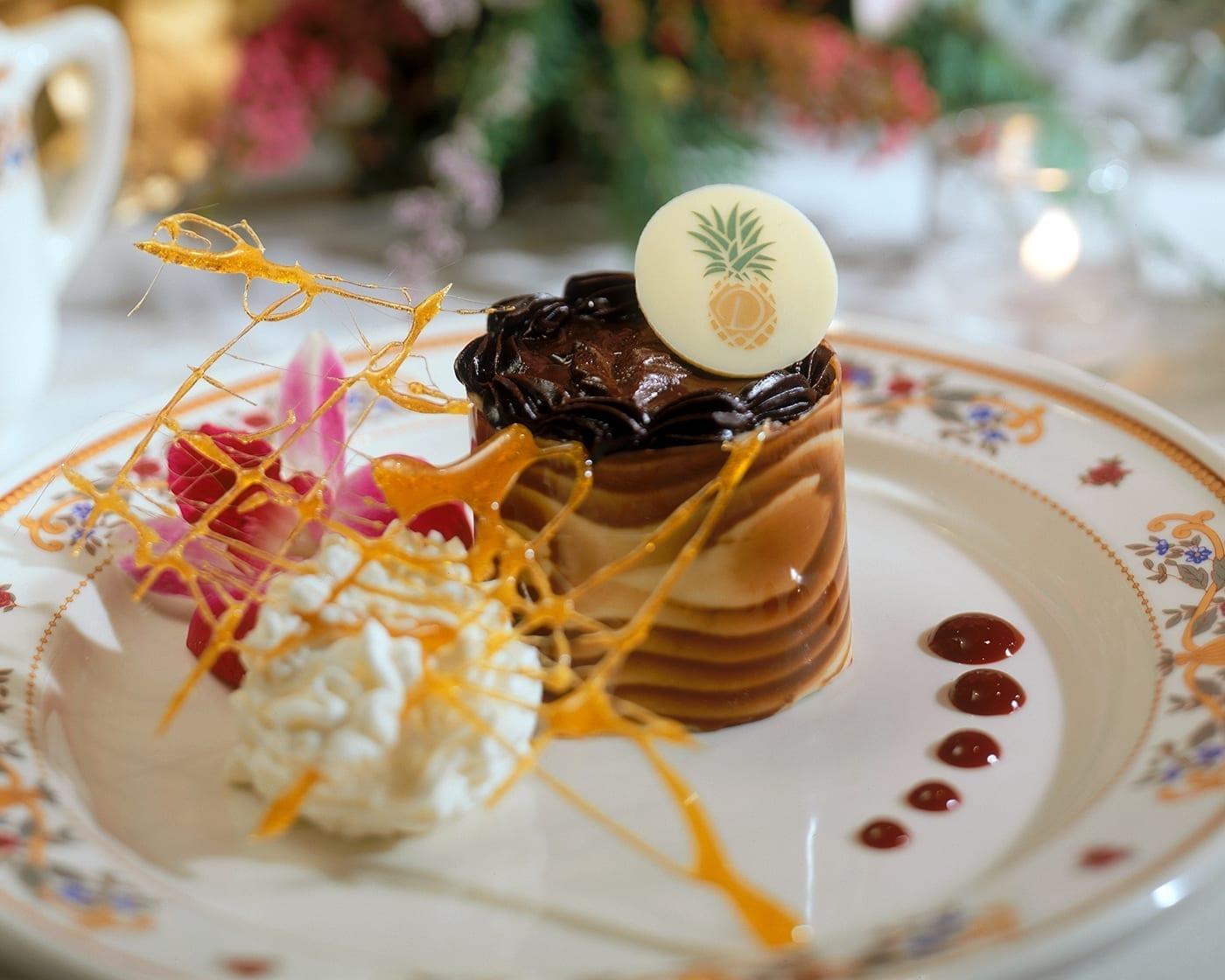 banquet-table-dessert